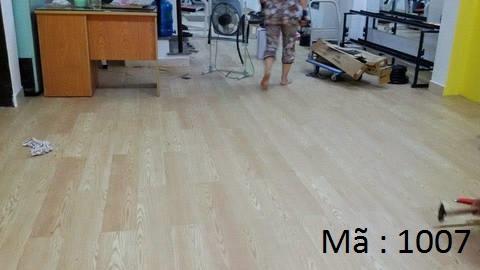 Sàn nhựa giả gỗ 1007